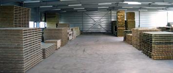 Stock permament dans notre atelier de fabrication de terrasses mobil home