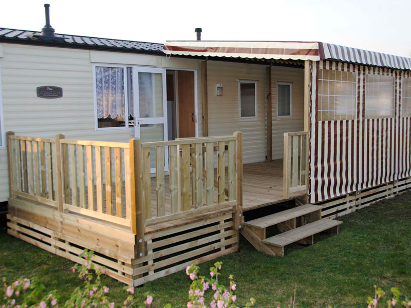ateria-terrasse-mobile-home-semi-couverte-1